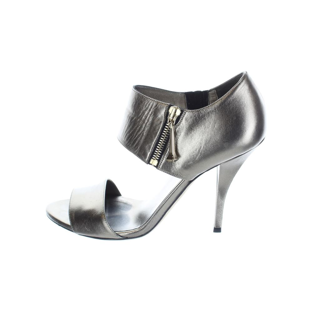 17d0029f58c Gucci. Metallic Leather High Heel Sandals. View size guide UK 5.5
